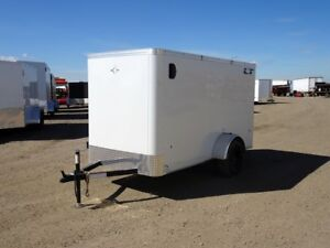2018 RoyalCargo LCHS29-510-64 Enclosed Cargo Trailer