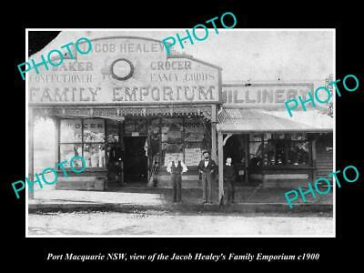 OLD POSTCARD SIZE PHOTO OF PORT MACQUARIE NSW THE FAMILY EMPORIUM STORE (Macquarie Stores)