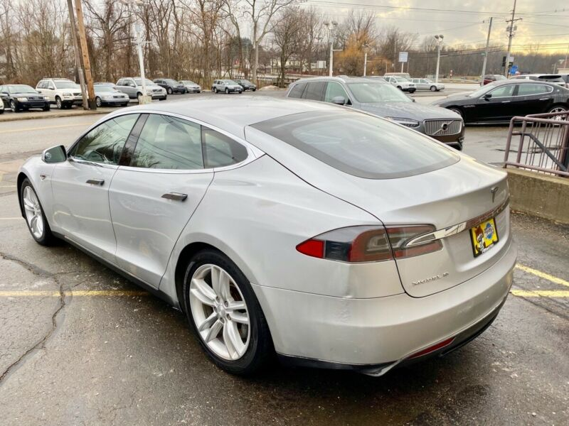 Image 8 Coche Americano usado Tesla Model S 2013