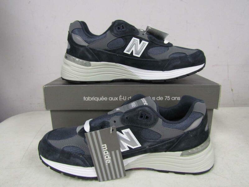 New Balance Mens US 9.5D Made in US 992 Sneaker Navy/Grey M992GG