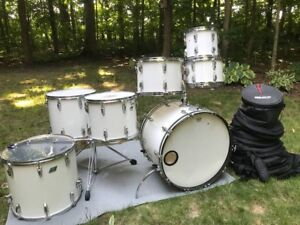 Vintage Ludwig Maple B/O Drum Set Kit