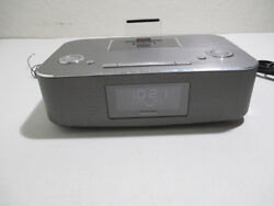 Philips DC290B/37 iPhone/iPod Docking Station with Radio and Alarm