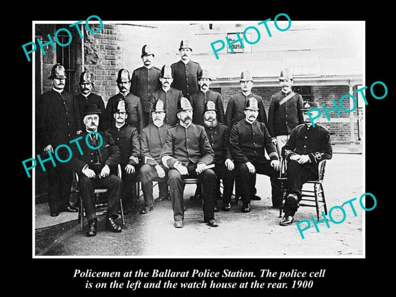OLD LARGE HISTORICAL PHOTO OF BALLARAT VICTORIA GROUP OF POLICE AT STATION 1900