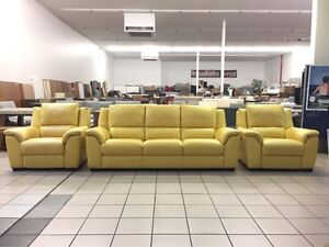 100% LEATHER 3 SEATER + 2 RECLINERS Logan Central Logan Area Preview