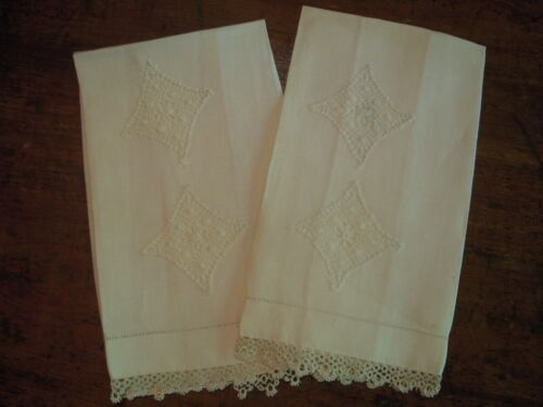 """Antique Cream Color Linen Guest Towels : Bobbin Lace and Tatted Lace Edge 14x20"""""""