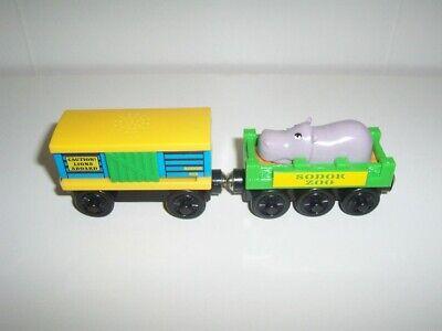 Thomas Wooden Train Sodor Zoo Cars LC98017 Lion Sounds Car & Hippo Car Set