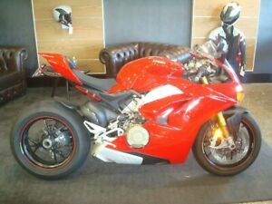 2018 Ducati Panigale V4 S Sports 1103cc Newstead Brisbane North East Preview