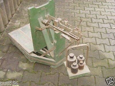 Antike Sackwaage mit Gewichte
