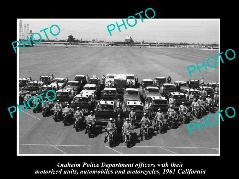 OLD POSTCARD SIZE PHOTO OF ANAHEIM POLICE DEPARTMENT UNITS c1961 CALIFORNIA