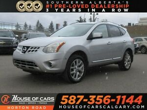 2011 Nissan Rogue SV/ Backup Camera/ Heated Seats/ Sunroof