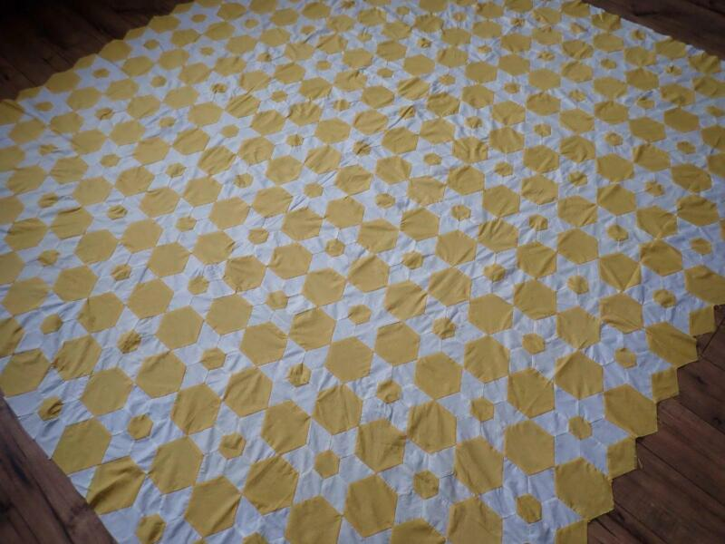 Expertly Handpieced Vintage 30s Mustard Yellow & White Star Quilt Top 86x82