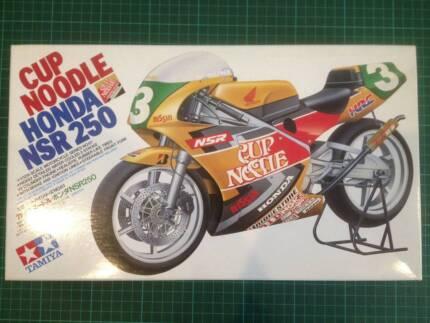 Honda NSR 250 Tamiya 1/12th Cup Noodle 1992 Plastic Model Kit