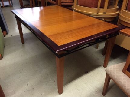 EXTENDABLE DINING TABLE - DINING CHAIRS ALSO AVAILABLE Logan Central Logan Area Preview