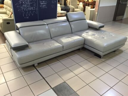 100% LEATHER L-SHAPE LOUNGE W/ ADJUSTABLE HEADRESTS Logan Central Logan Area Preview