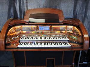 Lowrey-Imperial-A6000-Organ