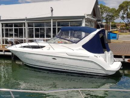 BAYLINER 3055  TWIN 5.7MPI.Bicton Mooring available.