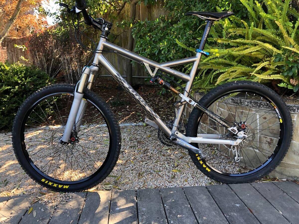 Titus Racer-X ExoGrid MTB - Large Frame