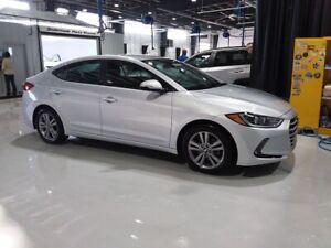 "2017 Hyundai Elantra ""ONE OWNER & ONLY 25K"" ELANTRA 2.0L GL SEDA"