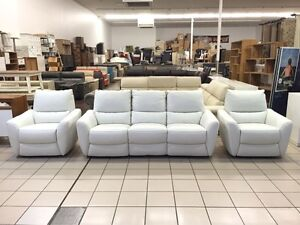 100% LEATHER 2.5 SEATER RECLINER + 2 RECLINERS (WHITE) Logan Central Logan Area Preview