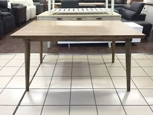 BROOKLYN DINING TABLE Logan Central Logan Area Preview