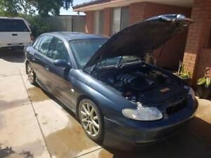 Wh grange 2000 ls1 Holden