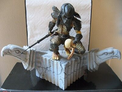 "Predator 2 Triumphant 10"" Statue by Palisades 2003 (NEW)"