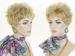 Natural-Blonde-Blond-Short-Layered-Wavy-Style-Wig-Wigs