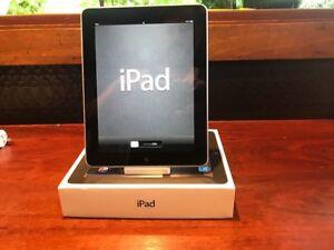 Collectors item - iPad 1 in very good condition and accessories Bellingen Bellingen Area Preview