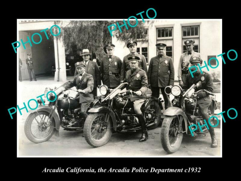 OLD POSTCARD SIZE PHOTO OF ARCADIA CALIFORNIA POLICE MOTORCYCLE UNIT c1932