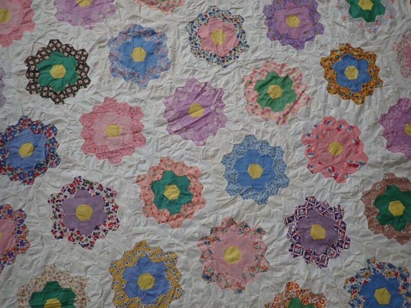 Beautiful! Expertly Handpieced Vintage 1930s Flower Garden Quilt Top 86x77
