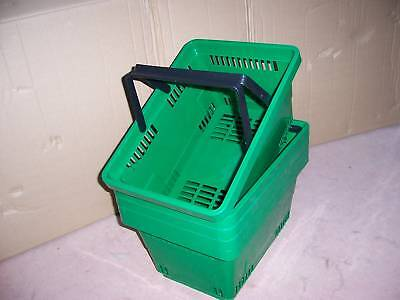Pack of 5 Plastic Shopping Baskets Green