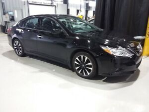 2018 Nissan Altima SV WITH SUNROOF, BACK UP CAMERA, PUSH BUTTON