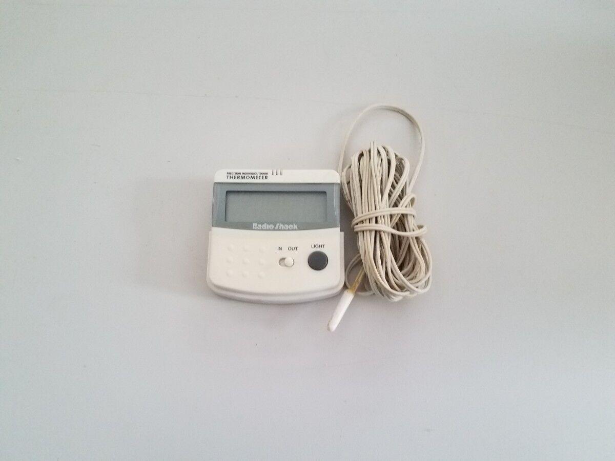 Vintage Radioshack Indoor / Outdoor Precision Thermometer 63-854
