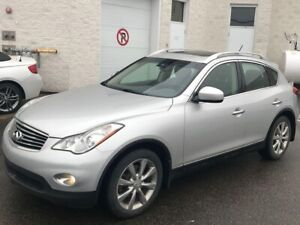 2011 Infiniti EX35 ONE OWNER, CARFAX CLEAN