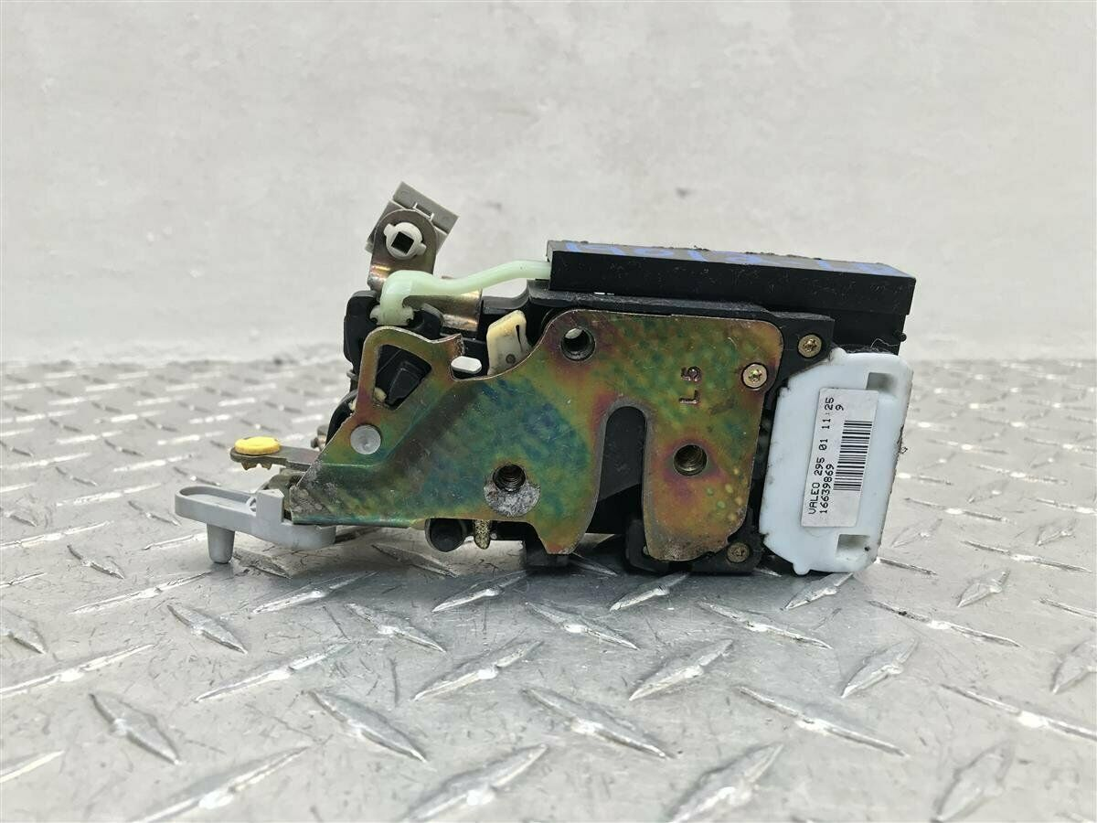 Used Chevrolet Tahoe Locks and Hardware for Sale