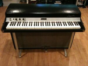 Looking for older keyboards synths organs Rhodes Moog Hammond