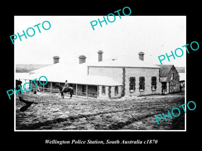 OLD POSTCARD SIZE PHOTO OF WELLINGTON SA VIEW OF THE POLCE STATION c1870