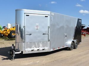 2018 RoyalCargo XRARSMT35-722-86 Enclosed Snowmobile Trailer