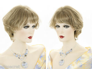 Striking-Short-Wavy-Wedge-Style-Cut-Tapering-at-the-Nape-of-the-Neck-Wigs
