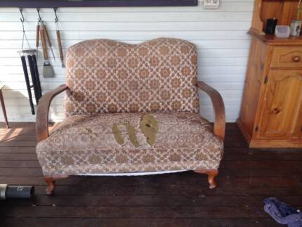 Retro 2 seater couch & 2 arm chairs Cootharaba Noosa Area Preview