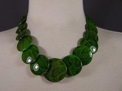 Green snake lizard print plastic bead 18
