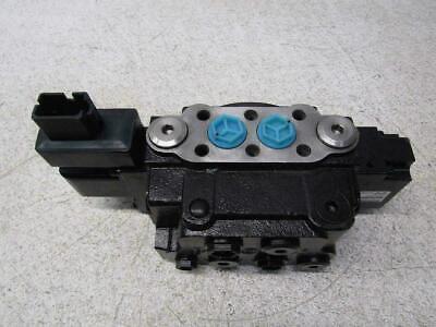 New Danfoss Electro Hydraulic Steering Ehps 808-2 Cnh51493811