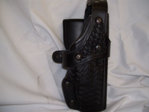Holster, duty, Hellweg model #2001, right hand draw, fits Glock model 17/22