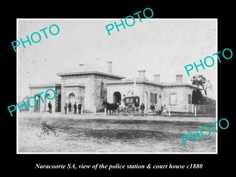 OLD POSTCARD SIZE PHOTO OF NARACOORTE SA THE POLICE STATION & COURT c1880
