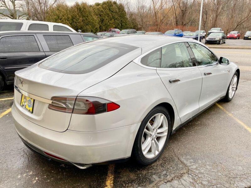 Image 6 Coche Americano usado Tesla Model S 2013