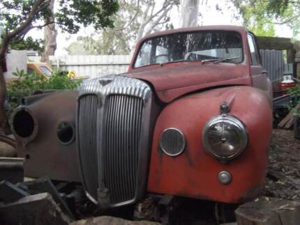 Daimler 1954 a few bits removed suit spares or restoration VIC