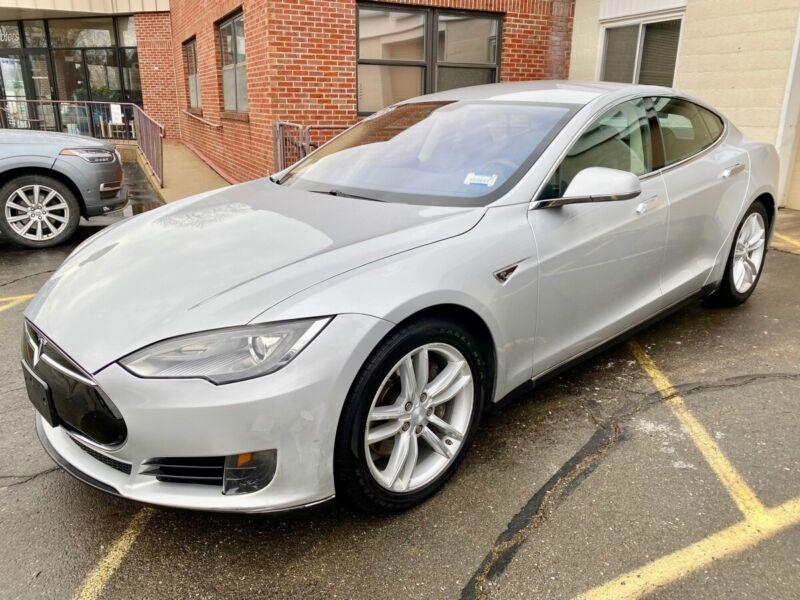 Image 2 Coche Americano usado Tesla Model S 2013