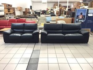 100% LEATHER - JOHNSON 3 + 2 SEATER (BLACK) Logan Central Logan Area Preview