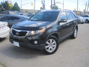 2012 KIA SORENTO LX |  VERY LOW KMS!! • Gas Saver!