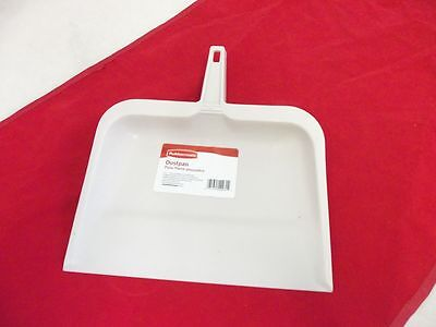 RUBBERMAID CLEANING G163-06 DUSTPAN -  NEW